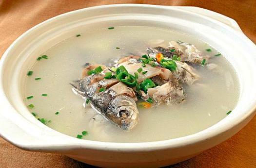 10种鱼汤的做法,鲜美滋补!简单营养,全家都爱吃,收藏起来!