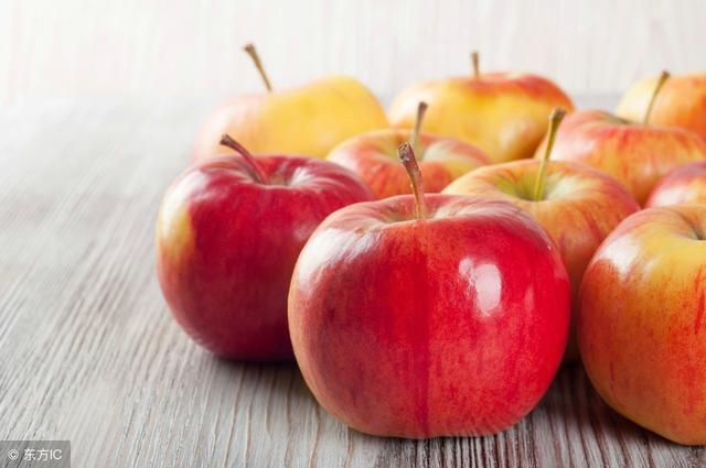 早上空腹吃1个苹果,身体会有4个变化!第3个变化女人们都喜欢