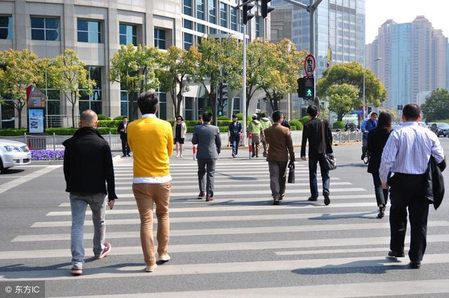 百炼走为先!走路是免费又高效的养生方式,这5个禁忌要知道