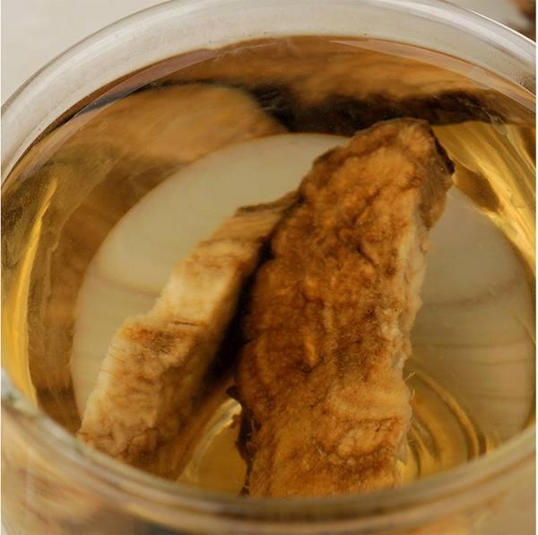 """白开水泡它是肝病的""""大克星"""",每天喝一点,养肝护肝还能祛湿!"""