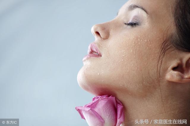 """女性湿气太重,这4个麻烦就会来""""缠住""""你,要及时祛湿"""