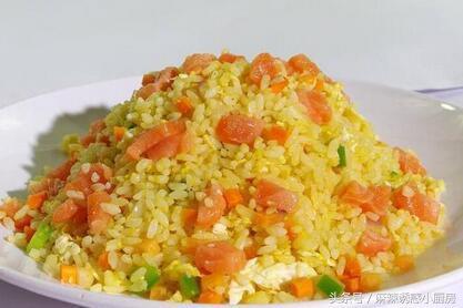 25种炒米饭做法,从此让上班族和单身汉爱上吃米饭