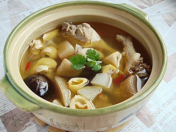老鸭汤最鲜美的14种做法,清香养胃还不腻,一连喝3碗都不够!